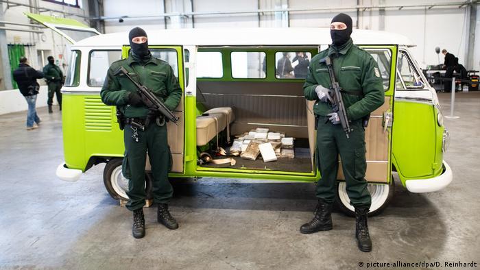Deutschland Drogenfund Kokain | Präsentation in Hamburg
