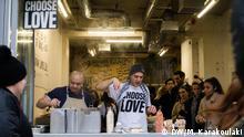 Syrischer Koch Imad Alarnab unterstützt Flüchtlinge in London