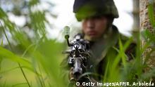 Kolumbien - Kolumbianische Soldaten Trainieren in Tumaco