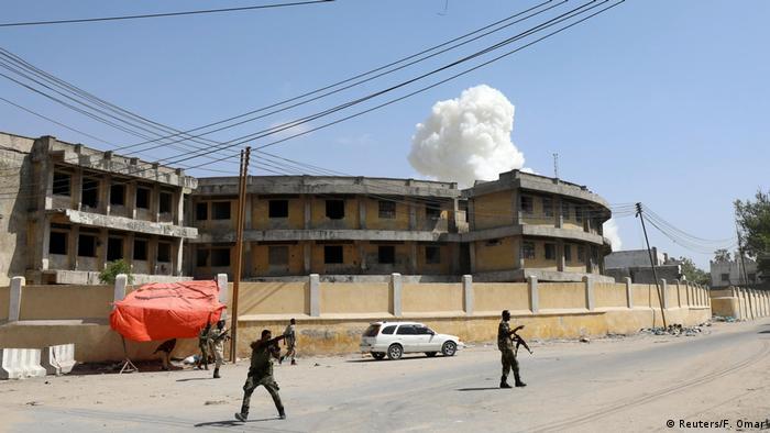 Somalia Mogadischu Explosionswolke