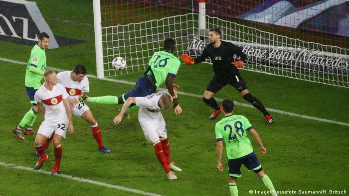 Bundesliga - VfB Stuttgart vs Schalke 04 (Imago/Pressefoto Baumann/H. Britsch)