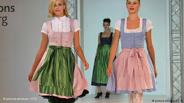 Trachtenmode Dirndl Flash-Galerie (picture-alliance / CTS)
