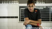 Neymar Santos Jr poses for a portrait at Vila Belmiro stadium in Santos, Brazil on April 14th, 2013 // Marcelo Maragni/Red Bull Content Pool // 1372779156936-847823762 // Usage for editorial use only // Please go to www.redbullcontentpool.com for further information. // ### Nutzungsart per Mail service@redbullcontentpool.com mitteilen ###