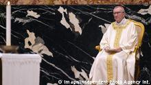 NO FRANCE - NO SWITZERLAND: October 17, 2018 : Italian cardinal Pietro Parolin leads a special mass for peace in the Korean peninsula in Saint Peter s Basilica at the Vatican. 17 ottobre 2018 : Messa per la pace nella penisola coreana nella Basilica di San Pietro in Vaticano. PUBLICATIONxINxGERxAUTxONLY Copyright: x©VATICANxPOOL/CPPx/xIPAx/xCatholicxPressxPhotox