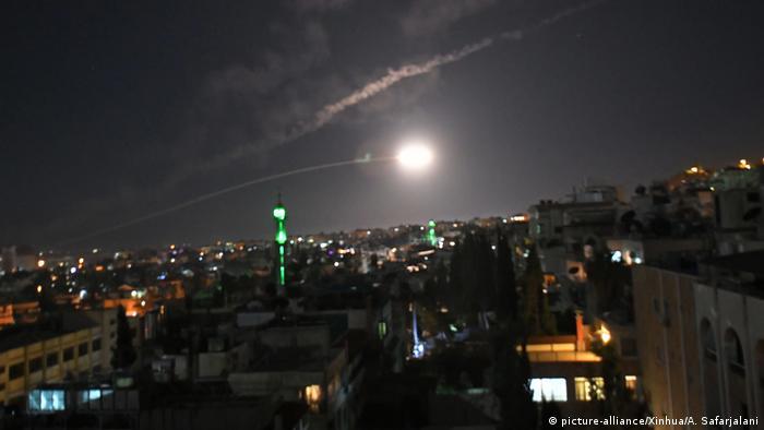 دفاع موشکی سوریه علیه حمله هوایی اسرائیل