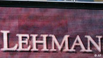 Crisis financiera global en 2008: la quiebra de Lehman Brothers.