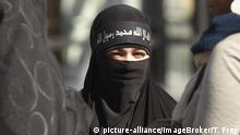 IS - Salafistin - Symbolbild (picture-alliance/ImageBroker/T. Frey)