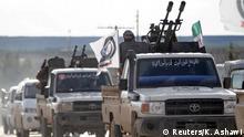 Syrien - Rebellen fahren in Manbidsch ein