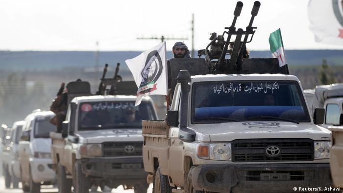 Підтримувані Туреччиною загони сирійської опозиції на шляху до Манбіджа, грудень 2018 року