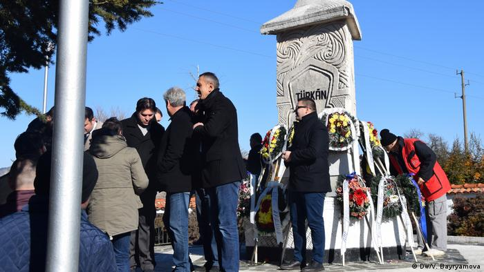 Паметникът на убитото 18-месечно бебе Тюркян