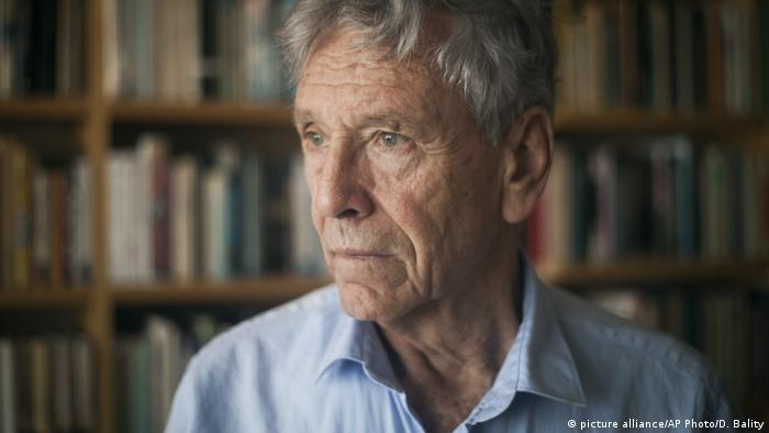 Israel - Schriftsteller Amos Oz verstorben (picture alliance/AP Photo/D. Bality)