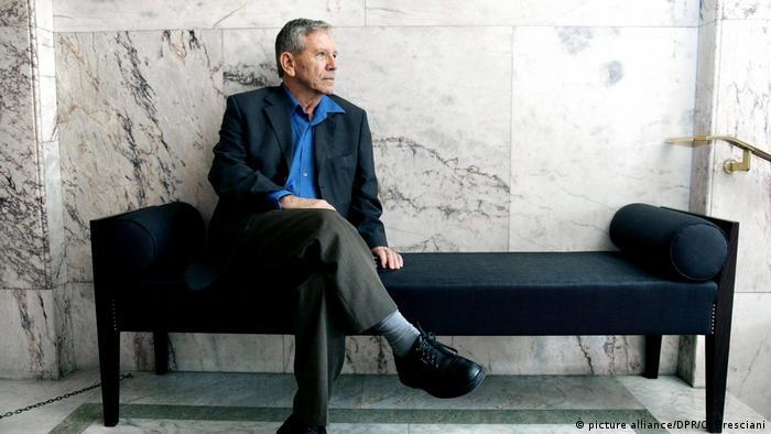Israel - Schriftsteller Amos Oz verstorben (picture alliance/DPR/C. Bresciani)