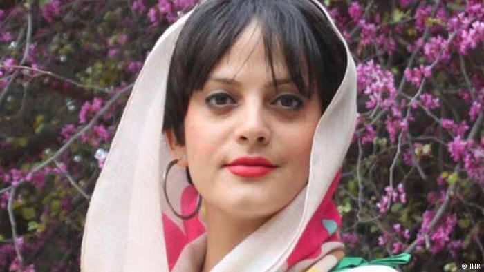 Yekta Fahandezh - Iranerin von Bahais Minderheit wurde zu 11 Jahr Haft verurteilt (IHR)