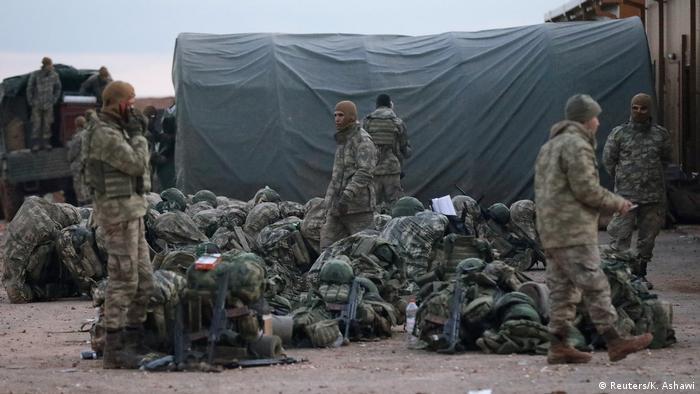 Syrien Türkische Einheiten in der Nähe Manbidsch