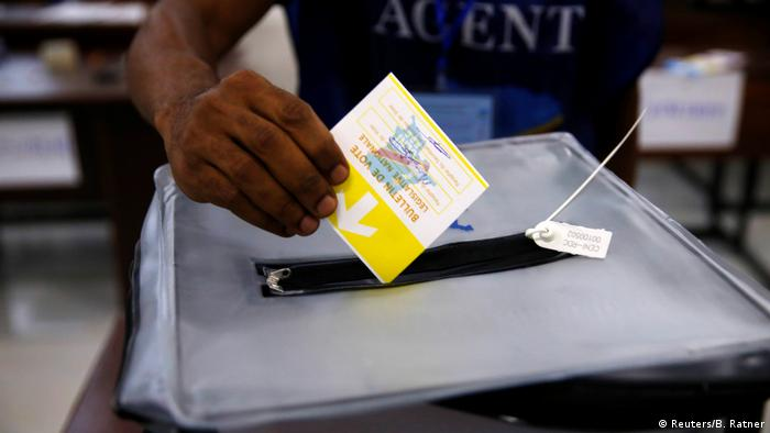 Wahlen im Kongo (Reuters/B. Ratner)