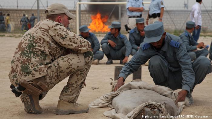 German soldier training Afghans in Kunduz