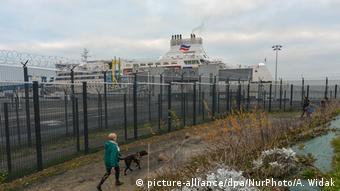 Frankreich | Zahl der Bootsflüchtlinge auf dem Ärmelkanal steigt (picture-alliance/dpa/NurPhoto/A. Widak)