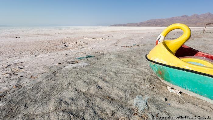 Der ausgetrocknete Urmia-See im Iran
