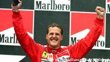Michael Schumacher feiert ersten Ferrari-Sieg 1996