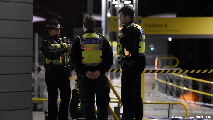 Großbritanien | Messerattacke in zentralem Bahnhof in Manchester – drei Verletzte (Getty Images/AFP/P. Ellis)