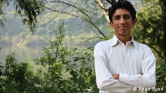 Blogger Azaz Syed (Azaz Syed)