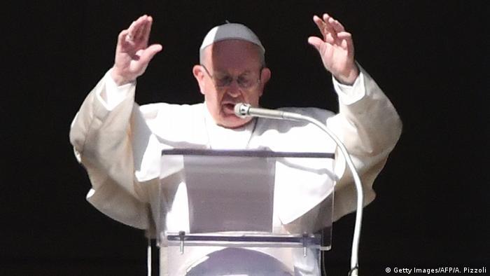 Vatikan Papst Franziskus beim Angelus-Gebet am Neujahrsmorgen