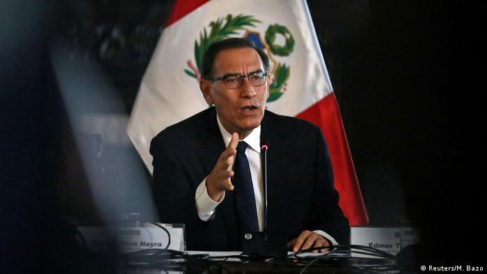 Peru Präsident Martin Vizcarra (Reuters/M. Bazo)