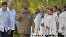 Kuba 60. Jahrestag der Revolution Raul Castro Miguel Diaz-Canel