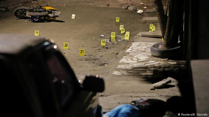 Honduras crime (Reuters/E. Garrido)