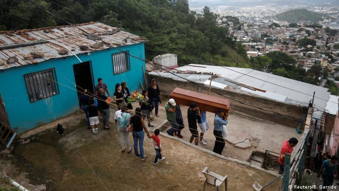 Crime in Honduras (Reuters/E. Garrido)
