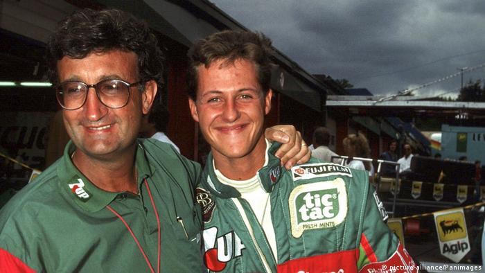 Michael Schumacher (der.) en su primera carrera Fórmula 1 en Spa, Bélgica, en 1991.