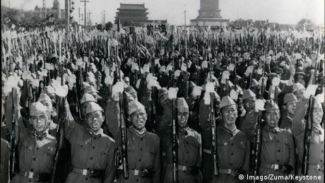 China 1958 | Massenkundgebung (Imago/Zuma/Keystone)