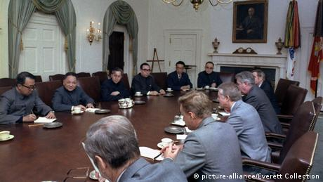 USA 1979 Deng Xiaoping & Jimmy Carter | Gespräche Taiwan (picture-alliance/Everett Collection)