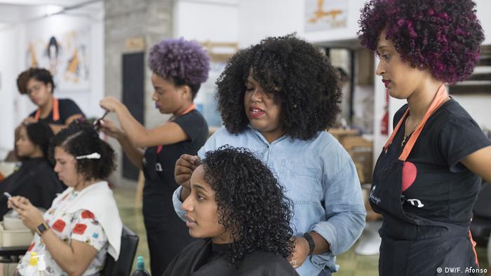 Revolte Für Krauses Haar In Der Karibik Amerika Die