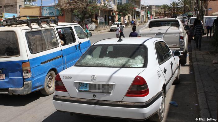 Eritrea Autos in Mekelle (DW/J. Jeffrey)