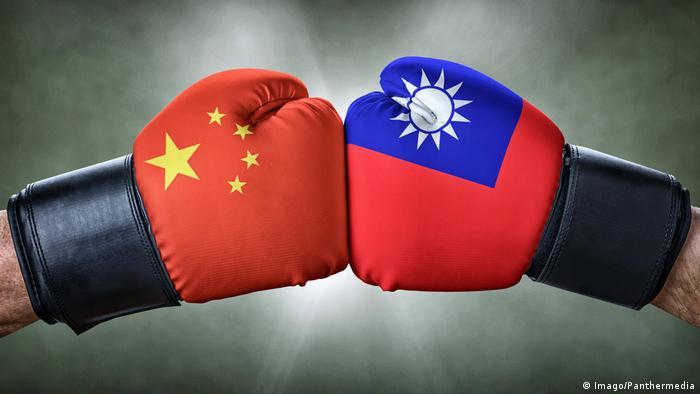 China, Taiwan symbolic boxing match