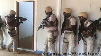 Niger Paramilitäreinheit der Polizei bei Übung