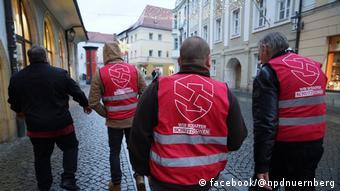 Amberg mutmaßliche NPD-Anhänger auf Schutz-Patrouille (facebook/@npdnuernberg)