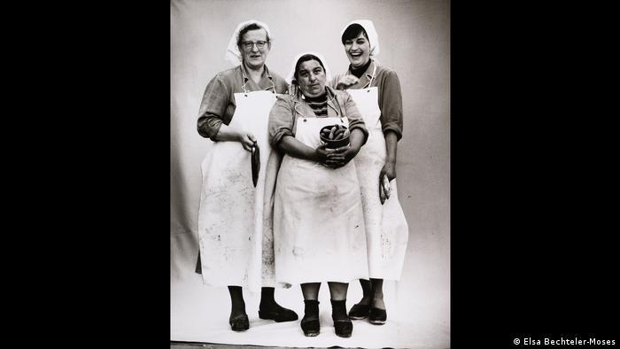 Three women in a fish factory (Elsa Bechteler-Moses)