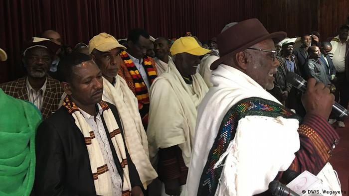 Äthiopien, Sidama und Wolaita Versöhnung (DW/S. Wegayehu)