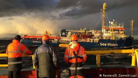 Άλυτο το θέμα των 47 προσφύγων στο Sea Watch