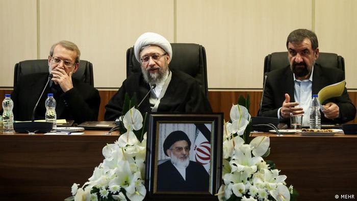 صادق لاریجانی تصویب لوایح افایتیاف را شرط تحقیرآمیز اروپا خوانده است