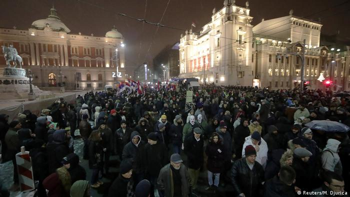 Serbien - Protest gegen die Regierung in Belgrad