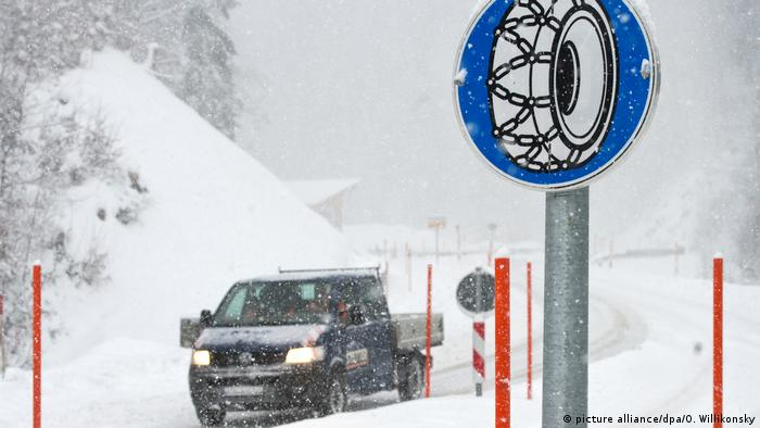 Deutschland Wetter l Wintereinbruch in Bayern
