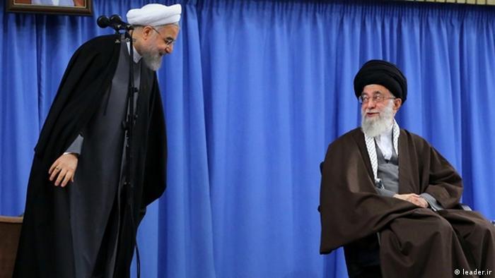 انتخابات در پیش ایران به بحث جایگاه رهبر و اختیارات رئیس جمهوری دامن زده است