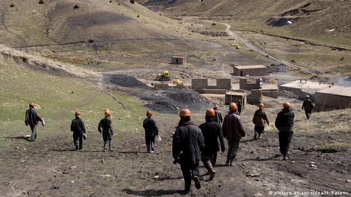 Afghanistan - Mine bei Herat (picture alliance/dpa/H. Fatemi)