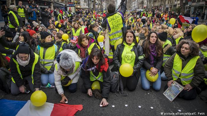 Yellow Vest women protesters during a demonstration of the 'Yellow Vests Women' in Paris