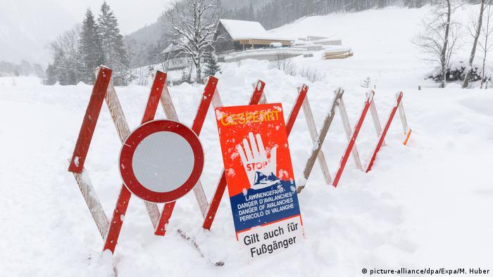 Österreich Wintereinbruch in Schladming (picture-alliance/dpa/Expa/M. Huber)