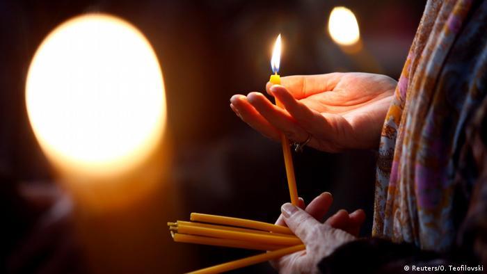 Mazedonien Orthodoxe Weihnachten Feier in Skope (Reuters/O. Teofilovski)