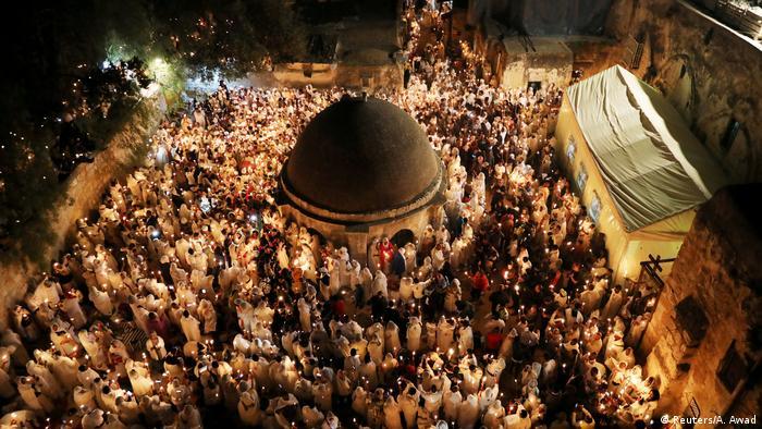 Misa en el Santo Sepulcro de Jerusalén. (Archivo).